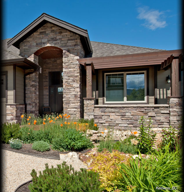 0-Cultured-Stone-Bucks-County-Country-Ledgestone-Residential-Exterior-entrance-arch-project-view
